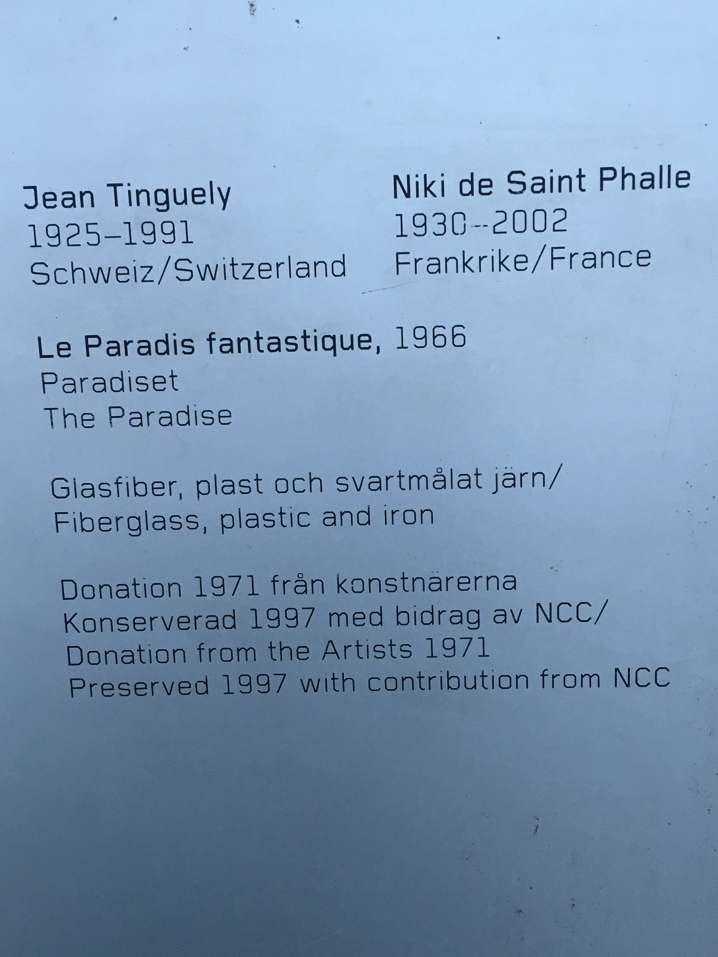Paradiset, Jean Tinguely och Niki de Saint Phalle, Skeppsholmen, skylt