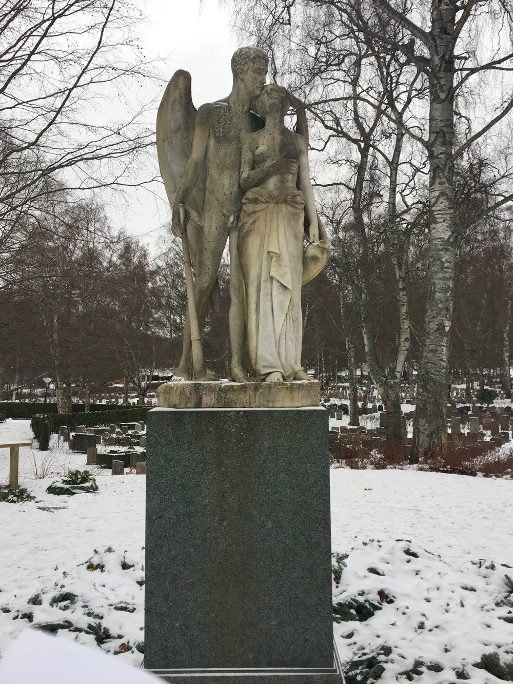 Dödens genius, Axel Edvard Brambeck, skulpur Norra Begravningsplatsen
