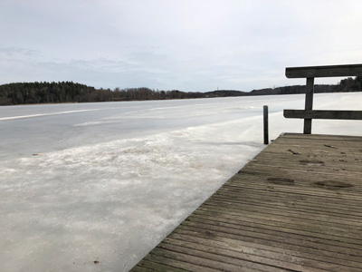 Badbryggor aspen sjön