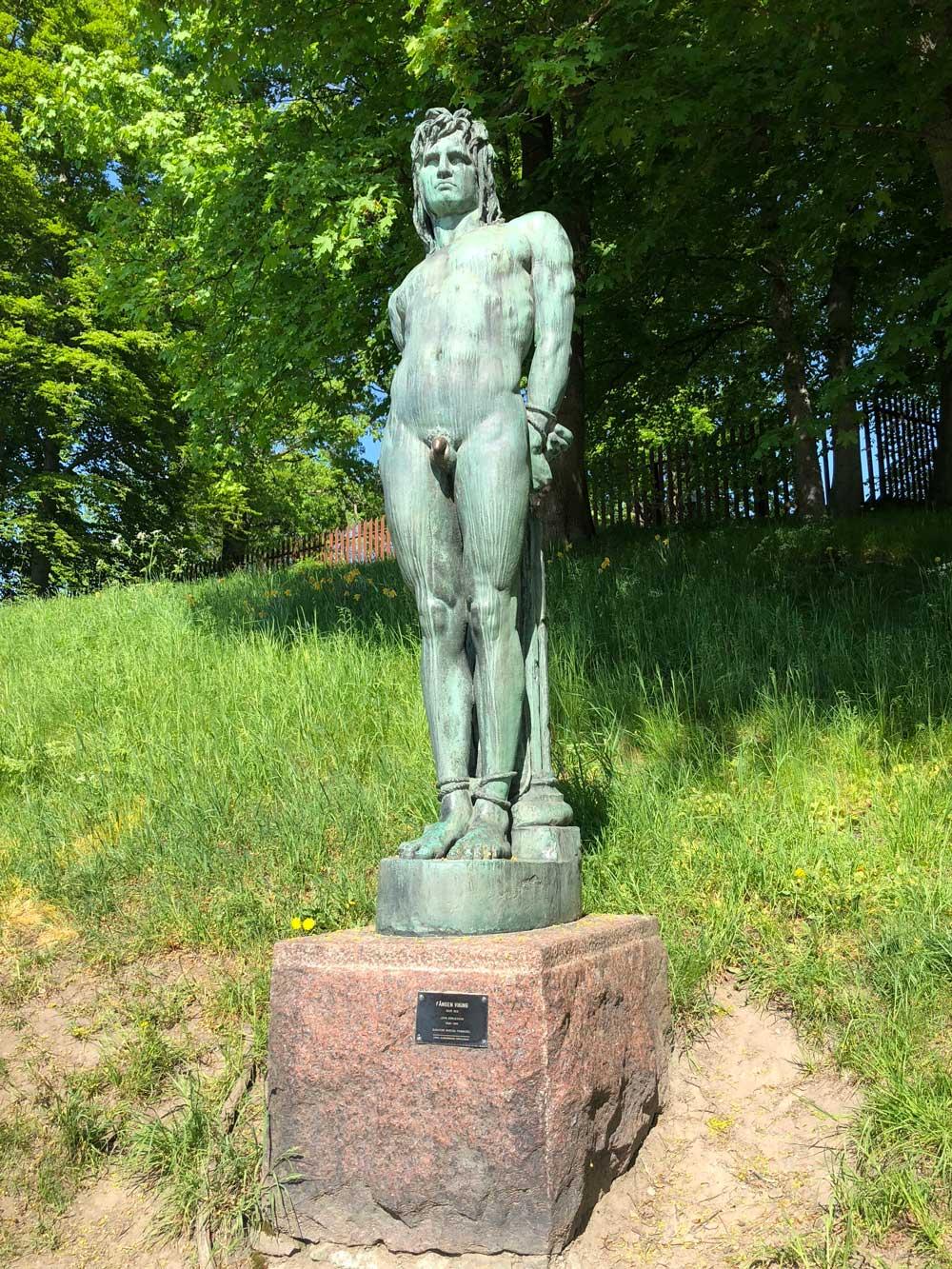 Fången Viking, skulptur John Börjesson, Djurgårdsvägen, skulptur Södra Djurgården