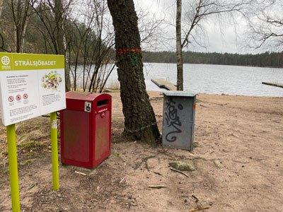 Badstrand vid Strålsjön