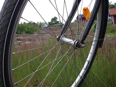 Cykla på Möja till de olika samhällena.