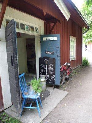 Mysigt cafe på Gällnö.